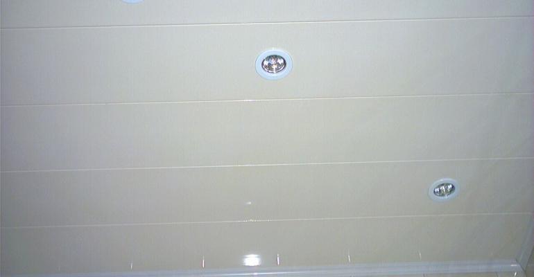 Потолки из панелей ПВХ