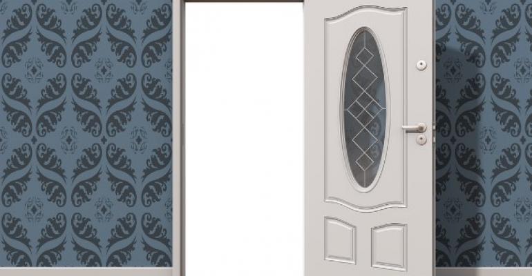Плюсы и минусы пластиковых дверей